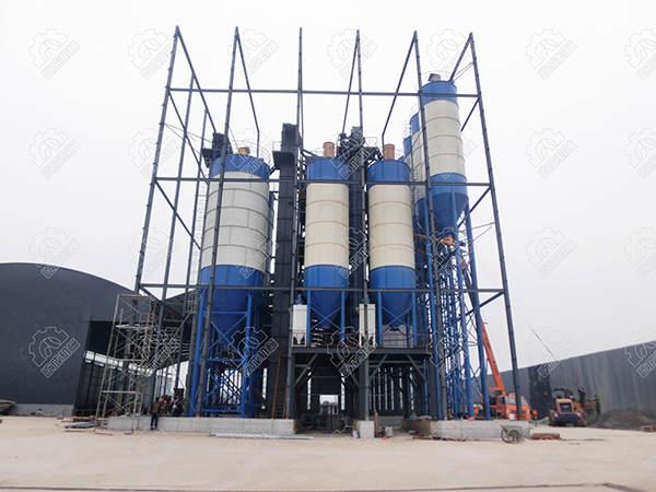 屹成机械年产30万吨干粉砂浆生产线正面图.JPG