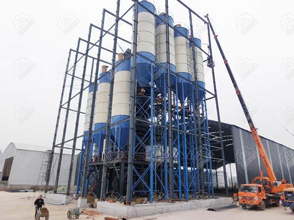 屹成机械年产30万吨砂浆站侧面图.JPG